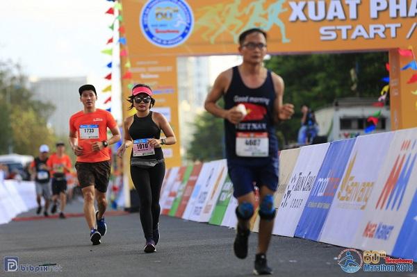 Tiền Phong Marathon 2019: từ runner đến một MC ở Finish Line